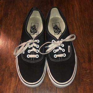 Vans Shoes - Classic black Vans